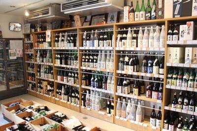 お店の半分がワインセラー!?ちょーマニアックな酒屋さんは、人生を10倍楽しくしてくれる。