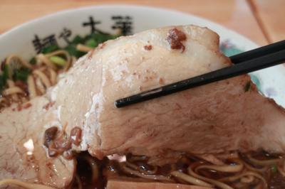こだわり中華そば「麺や太華」で尾道ラーメンに舌鼓!