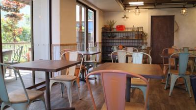 TSUMUGU/地域住民とのワークショップを通して1年がかりで完成☆南欧風のカフェ