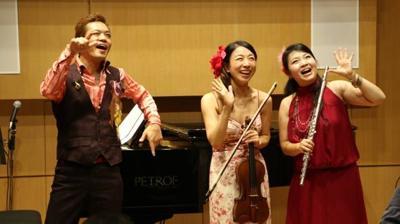 隠れ家サロンホールにて♪東戸塚在住の音楽家が贈るボサノバ室内楽